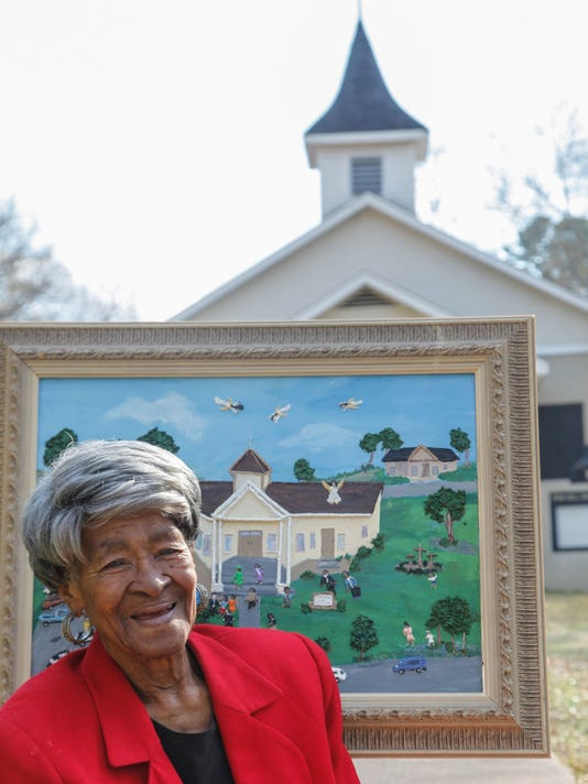 635908887160986696-Sarah-Albritton-with-her-painting-of-Zion-Hill-Church.jpg