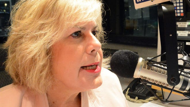Angela Dias of Colchester, WTIC AM radio news anchor, is retiring Friday after an on air broadcast career of 35 years.