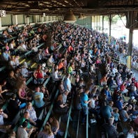 Fans say goodbye to Michigan harness racing track