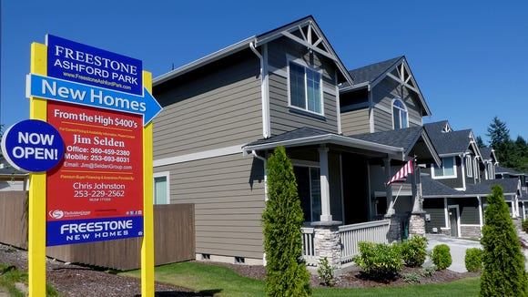 New homes for sale in the Freestone Ashford Park near Olympic High School.