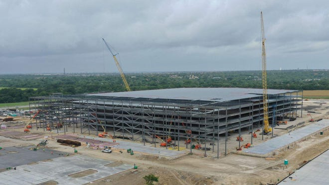 Construction work is  underway on an Amazon distribution facility in Pflugerville.