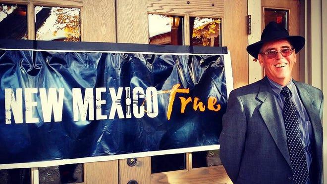 Governor Susana Martinez recently recognized EcoServant founder Stephen Carter as a 2015 New Mexico True Hero.