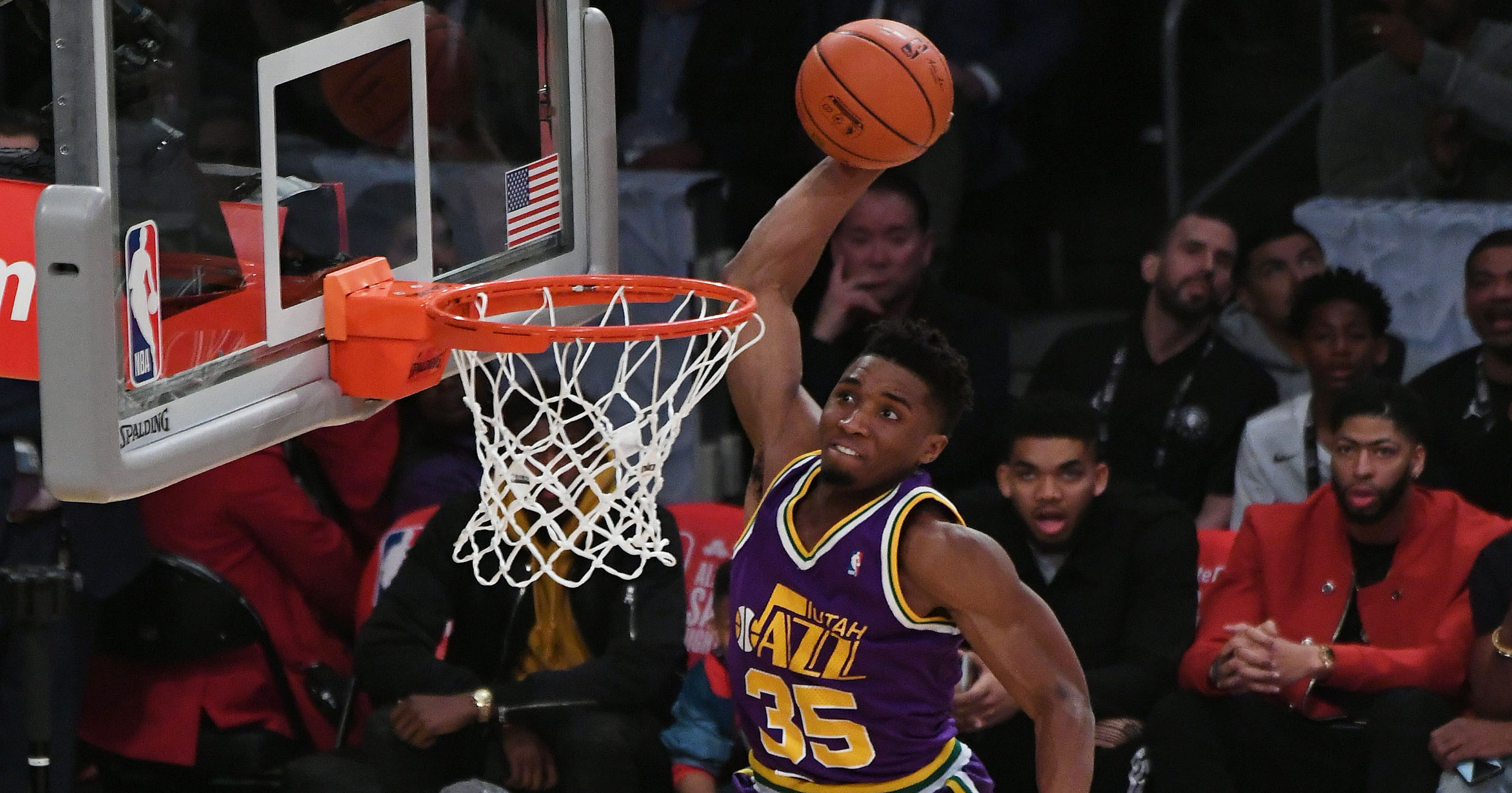 81e788997 All-Star dunk contest  Utah s Donovan Mitchell wins with nod to Vince Carter