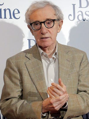 Director Woody Allen has been accused by daughter Dylan Farrow of abuse.