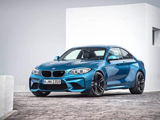 635878045498938385-2016-BMW-M2-01.jpg