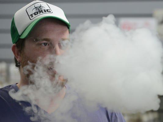 FTC0703-gg smoking ban 3.jpg