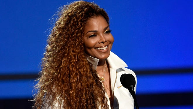Janet Jackson tweeted is going on a brief vocal rest.