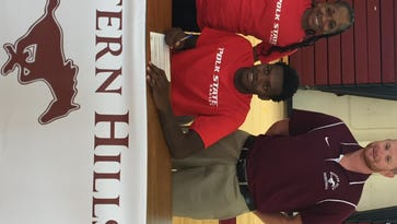 Western Hills wing Malik Seldon signed with Polk State.