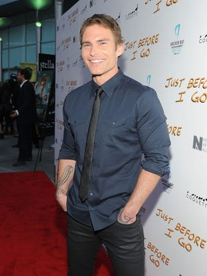 Seann William Scott will play a new character who joins forces with Marlon Wayans' Roger Murtaugh, as ousted star Clayne Crawford's Martin Riggs is written out.