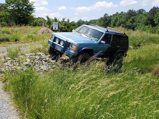 636633561032636462-Jeep-Golf-3.jpg