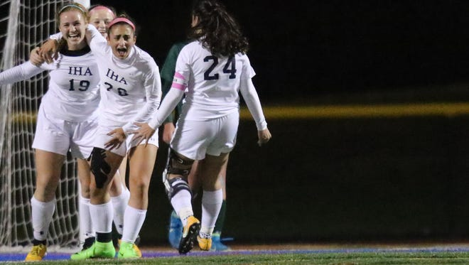 Laura Zaccardi (19) and Immaculate Heart Academy seek to repeat as NJSIAA Non-Public A girls soccer champions after sharing last year's title.