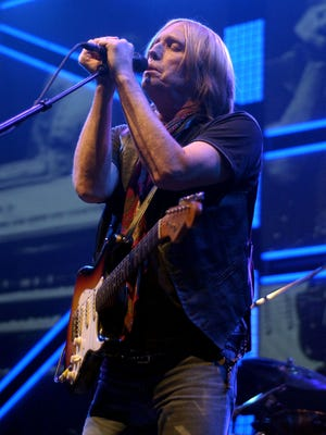 File photo from 2005: Tom Petty sings to the crowd in August 2005 at the Reno Events Center. Petty died in October 2017 at 66.