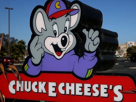 636656182480845414-chuck-e-cheese.jpg