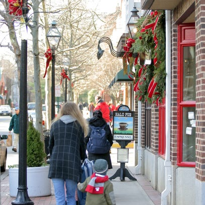 To pick up anything from used books to Princeton University garb to fudge in a quiet, clean and friendly atmosphere, take a stroll through Princeton's downtown area.