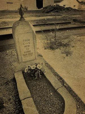 Annie's grave in 1984.