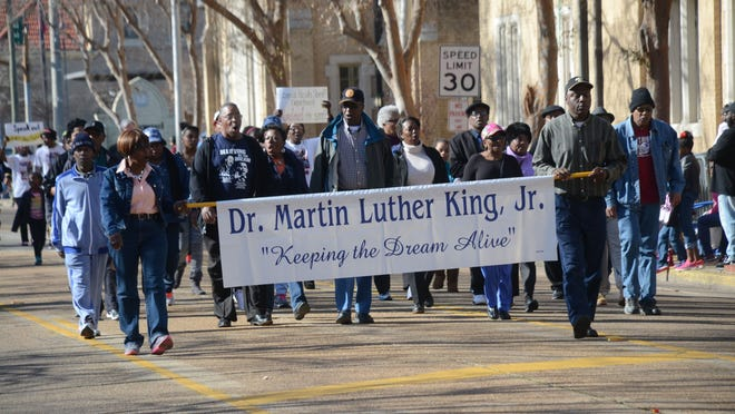 ANI MLK Day Parade The Dr. Martin Luther King Jr. Day Parade was held Monday, Jan. 19, 2015 in downtown Alexandria.-Melinda Martinez/mmartinez@thetowntalk.com The Town Talk Gannett