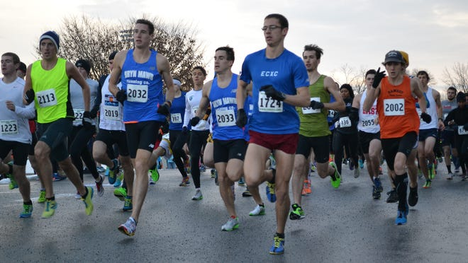The elite wave of the Chester County Turkey Trot in Downington, Pa., on Thanksgiving Day.