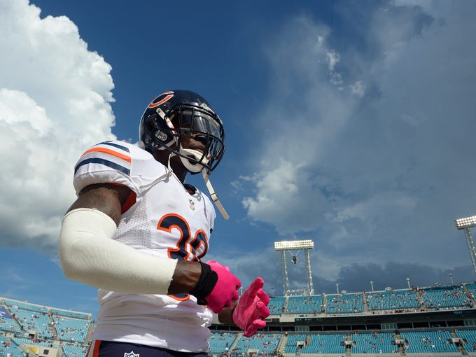 Chicago Bears cornerback D.J. Moore during warm-ups before a game against the Jacksonville Jaguars at EverBank Field.
