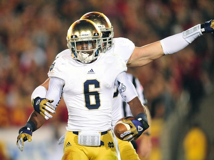 Notre Dame, National Championship Game (Jan. 7): As the Football Bowl 's lone bowl-eligible unbeaten, the Fighting Irish were a shoo-in for a shot at the title.