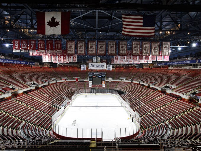 2012 opened with a classic Winter Classic and ended with empty arenas in a prolonged lockout. USA TODAY Sports' Mike Brehm and Kevin Allen size up the top 12 stories of 2012.
