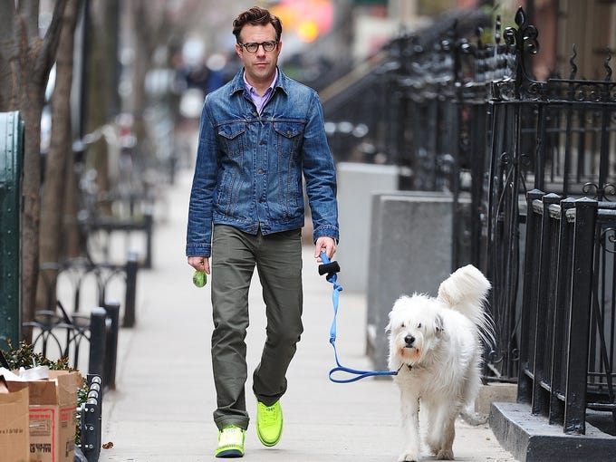 Fancy footwear is not just for the ladies anymore. This spring, some male stars are stepping out in bright and bold shoes as part of a new trend. USA TODAY's <b>Arienne Thompson</b> rounds up the most eye-catching looks.| 'Saturday Night Live' star Jason Sudeikis took his dog for a stroll March 31 in New York wearing a pair of blinding highlighter yellow kicks.