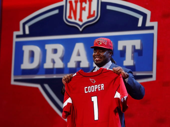 Photos Of All 32 Nfl Draft First Round Picks