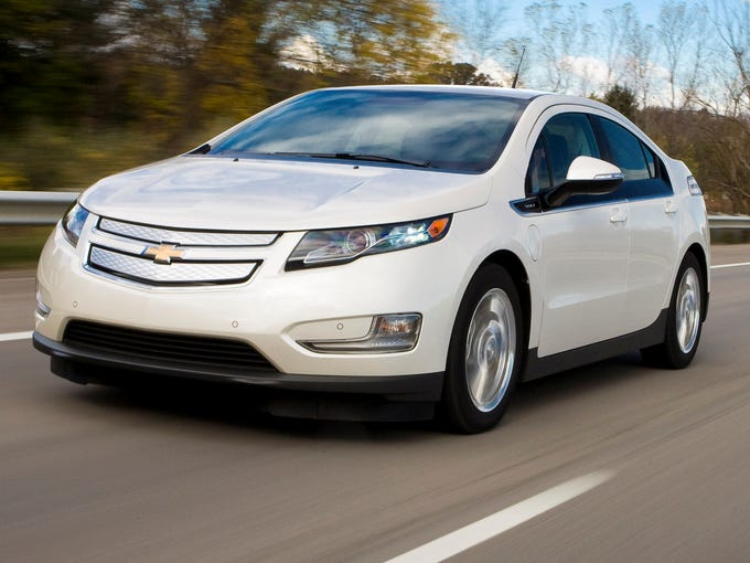 The Chevrolet Volt tied with the Ford Fusion as the winner for Mid-Size Cars in the latest Strategic Vision Total Quality Index survey.