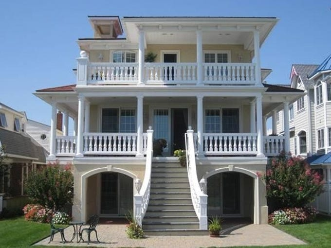This gallery shows properties for sale in the most popular zip codes for vacation home searches, according to Trulia.com. Listings are for the top 20 markets, including one high-end home and one at or below the median home price.  This is a high-end home for sale in Ocean City, N.J. http://www.trulia.com/property/3061922095-2005-Wesley-Ave-Ocean-City-NJ-08226