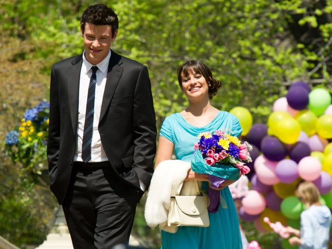 Cory Monteith's death comes as Fox's 'Glee' is set to resume shooting in a few weeks. The show's situation isn't unique. Here are other stars who died during the run of their shows:   In this photo, Lea Michele and Monteith film a scene for 'Glee.'