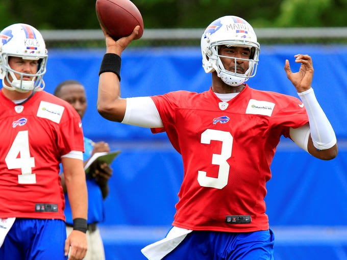 )Rookies are part of the NFL's fabric, and their impacts on their new teams is often significant. USA TODAY Sports' Nate Davis highlights one per club worth watching in 2013.) EJ Manuel, Bills: He was the only quarterback taken in the first round of the 2013 draft. Manuel only needs to beat out Cardinals castoff Kevin Kolb (4) to earn the starting job in Buffalo's first season under new coach Doug Marrone.