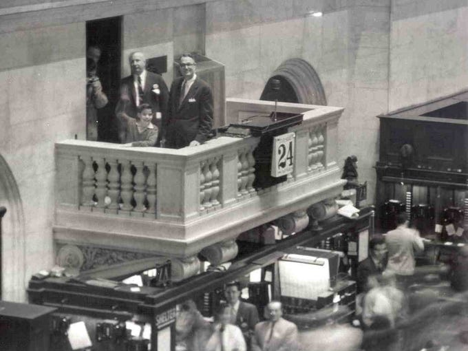 In 1956, 10-year-old Leonard Ross became the first guest to the exchange to ring the opening bell. It was the prize for winning a TV game show with questions about finance.