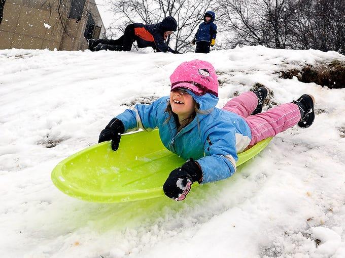 Winter Storm Sweeps U S
