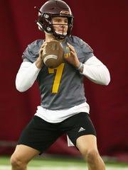 Arizona State Sun Devils quarterback Ethan Long (7)