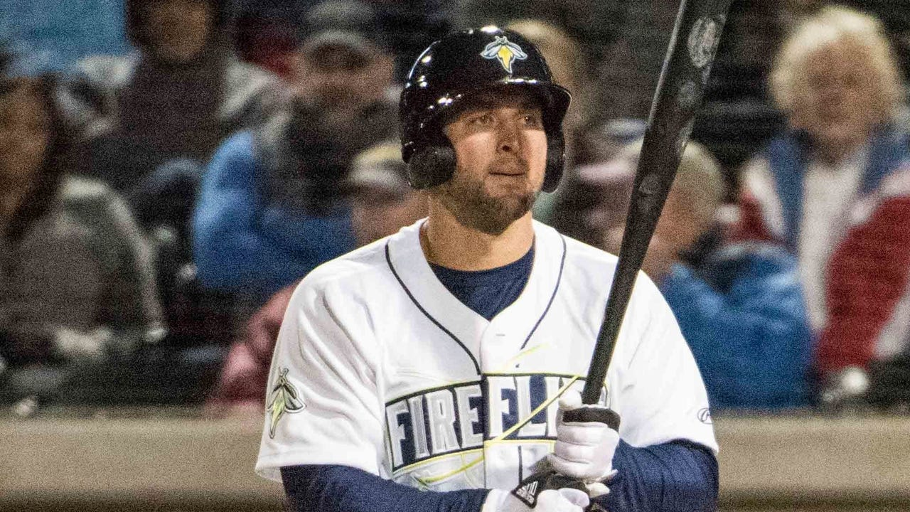 Tim Tebow makes a spectacular debut for the Class A Columbia (S.C.) Fireflies, the South Atlantic League affiliate of the New York Mets.
