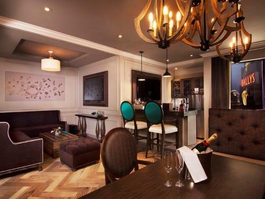 -Vegas Hotels Get Smaller.JPEG-09d95.jpg_20140521.jpg