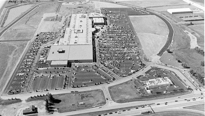 July 18, 1984 The Fox River Mall, reported to be the largest mall north of Madison, opened Wednesday. The $25 million complex has 70 stores housed under 10 acresof roof. Expansion plans call for it to double in size and number of outlets over the next several years. Post-Crescent photo