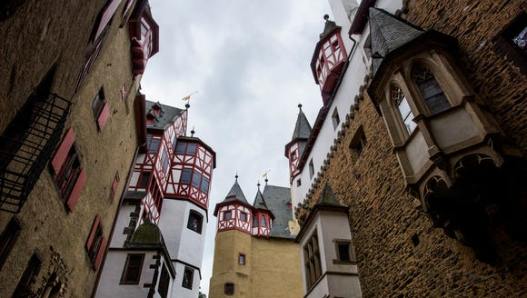 The courtyard of Eltz castle.