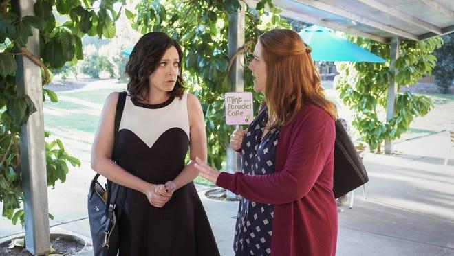 Rachel Bloom as Rebecca and Donna Lynne Champlin as Paula on 'Crazy Ex-Girlfriend.'