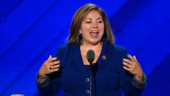 Rep. Linda Sanchez announces bid for Democratic leadership post