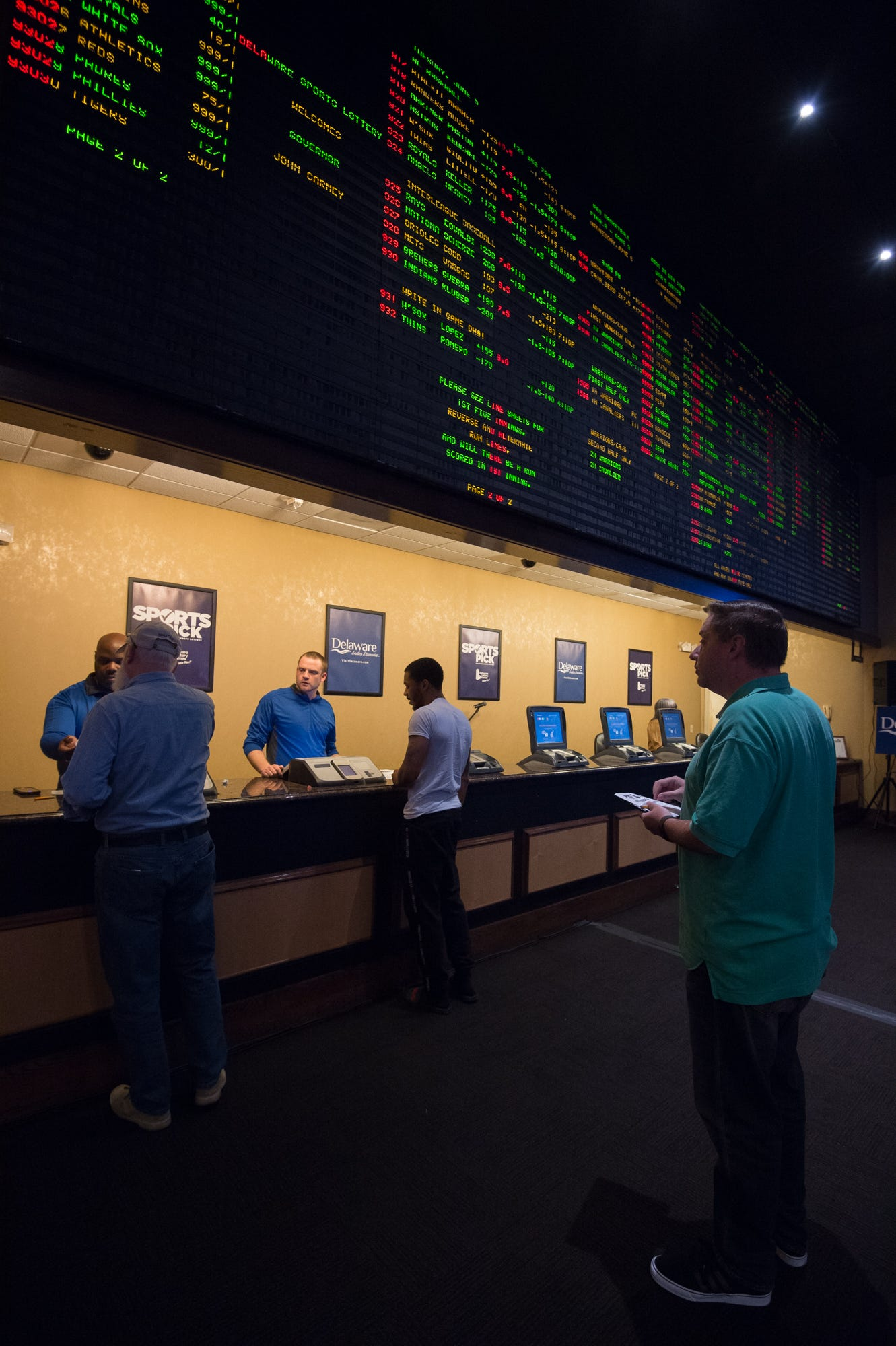 history of gambling in las vegas