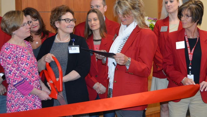 Ministry Medical Group held a ribbon cutting ceremony April 12, at their new Primary Care Clinic at 1699 Schofield Ave., Schofield.