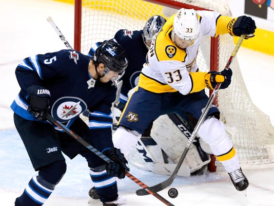 USP NHL: NASHVILLE PREDATORS AT WINNIPEG JETS S HKN WPG NSH CAN MA