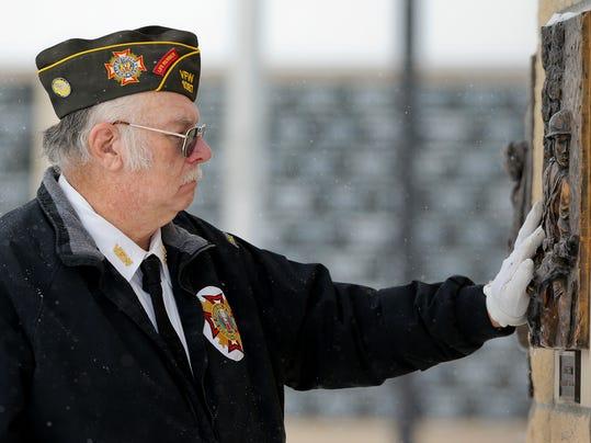 -veterans day 1.jpg_20141111.jpg