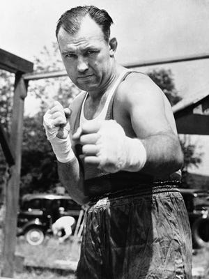 JACK SHARKEY: Won the world heavyweight title on June 21, 1932. ... Opponents included Max Schmeling, Joe Louis and Jack Dempsey.