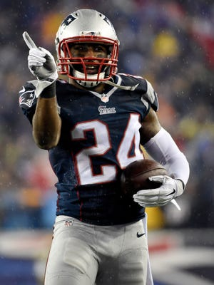 Patriots CB Darrelle Revis is looking for his first ring.