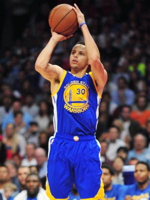 Stephen Curry scored a team-high 27 points for the Warriors.