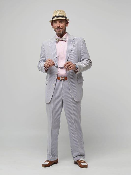 Seersucker suits are popular men's fashion at Kentucky Oaks and Derby