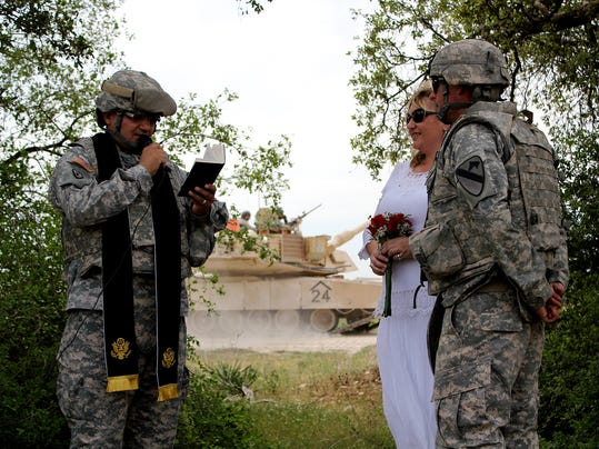 Army wedding 051214