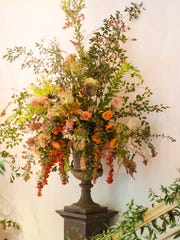 An arrangement by John Grady Burns, of Natchez, Miss., who will speak at the  Shreveport Garden Study Club Symposium.