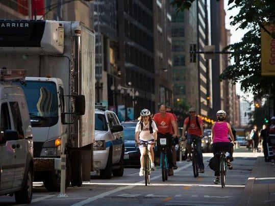 AXX_bike_lane_1_XX.jpg